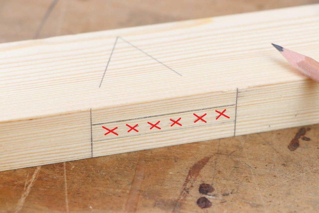 gestemmter Zapfen Holzverbindung Zapfenloch Abfall anzeichnen